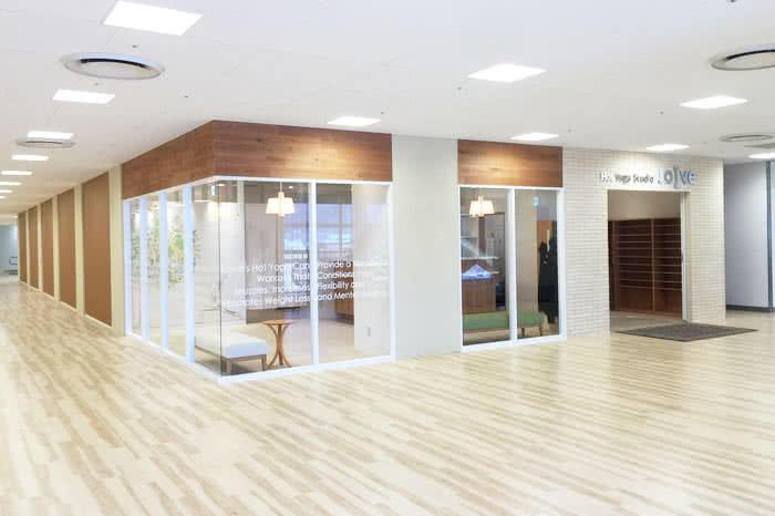 ホットヨガスタジオ loIve(ロイブ)高松店
