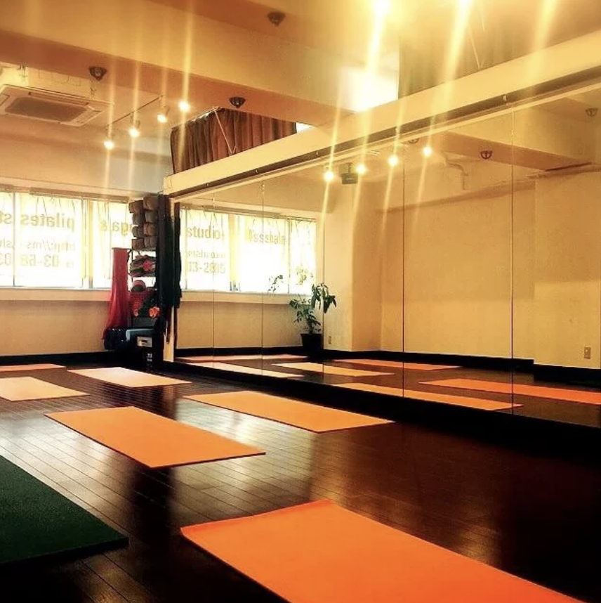 PRAMANA(プラマーナ)  yoga & pilates studio