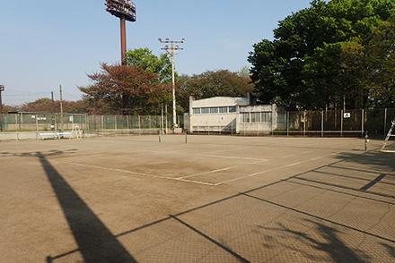 小豆沢庭球場
